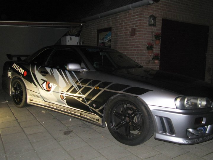 29-JDZ-1: NISSAN COUPE uit 1999