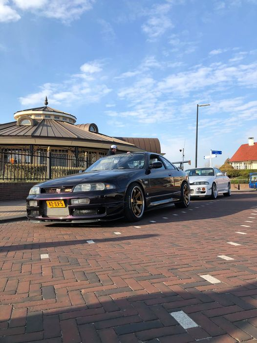 42-JLV-5: NISSAN COUPE uit 1993