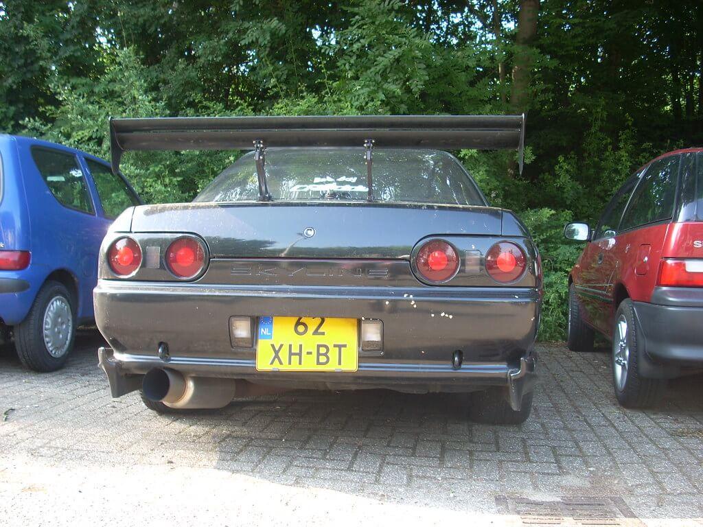 62-XH-BT: NISSAN SKYLINE uit 1991